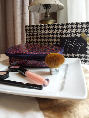 Makeup Station {pistache and rose}